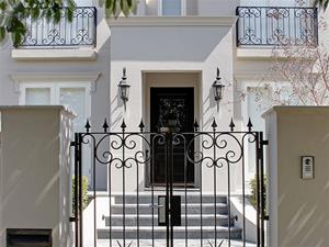 Fencing & Balustrading by Living Iron